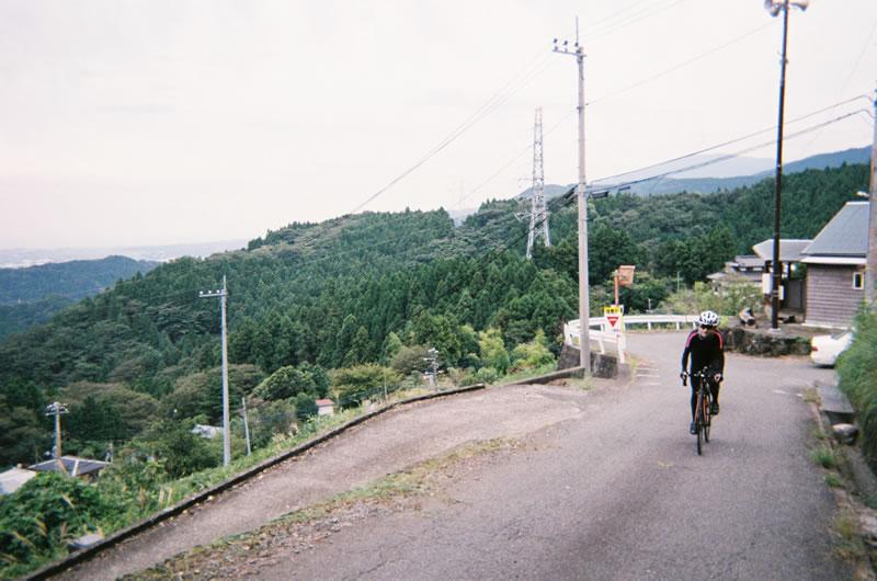 大野山がこんなにキツイなんて聞いてないw(写ルンです)