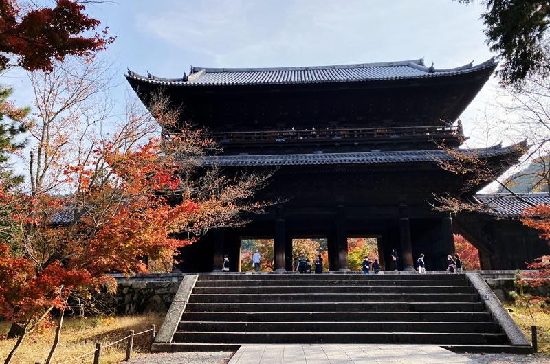 南禅寺の紅葉は圧巻