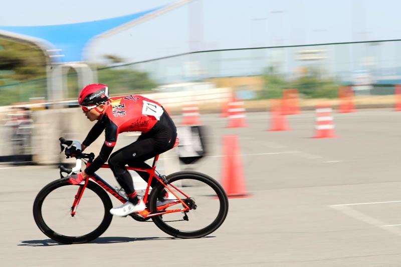 松さんが最後3周でアタック