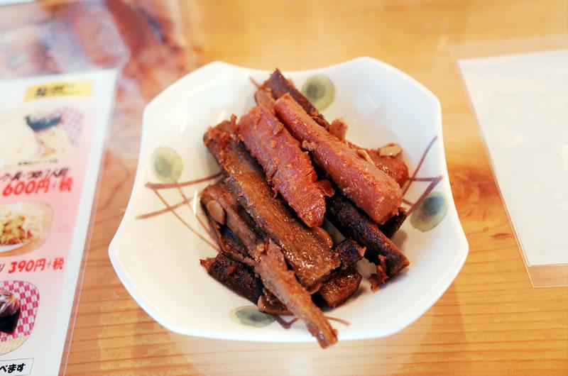 きんぴらごぼうも埼玉の「焼きとり(豚)」の味噌ダレ風味