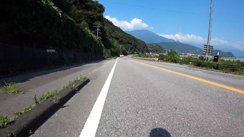 富士川の雄大な景色を楽しめる