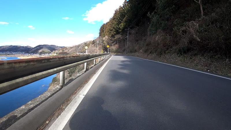 那須烏山に近づくにつれて風が強くなってきました
