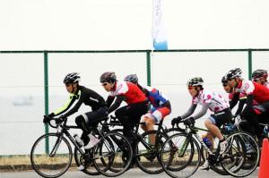 サイクルロードレースはチームスポーツ!