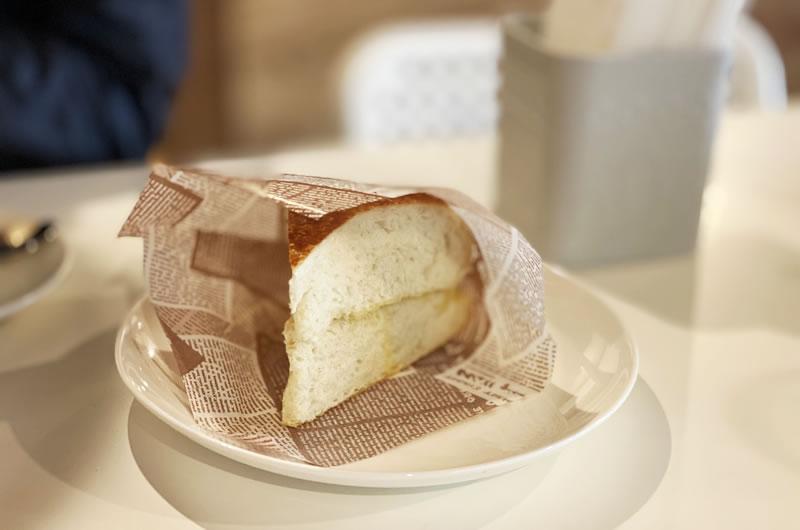 新しいカフェのパンが目から鱗の美味しさ