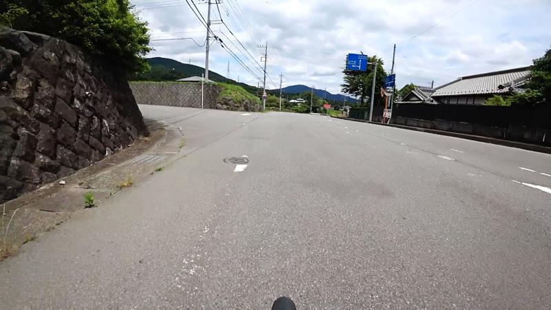 この交差点を左折しちゃいかん・・・