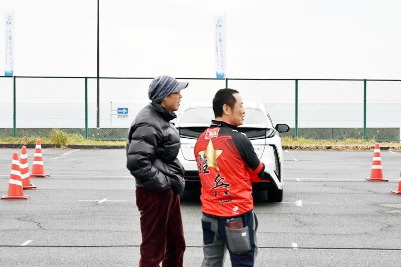 わざわざ静岡から遠征してきてくれたZAPPEI監督のイナバさん