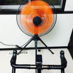 ローラー練に工業用扇風機はどうでしょう?