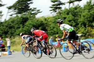 自転車レースは流し撮りの練習にピッタリ