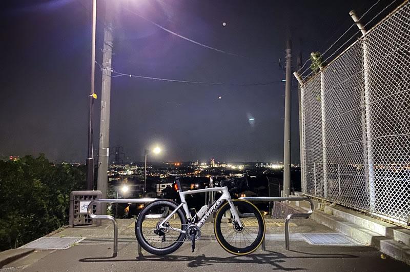自転車は毎日乗れるようになってきたけど、立ち仕事は2日でギブアップ