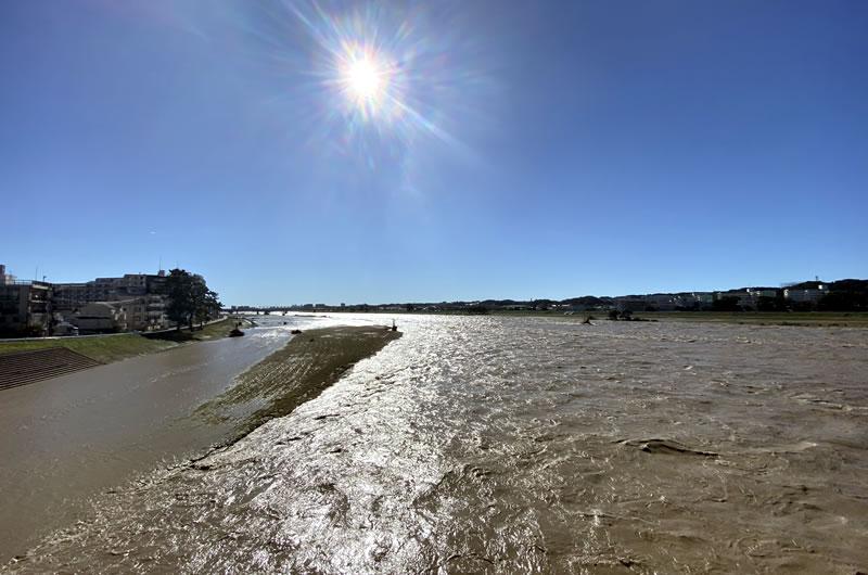 多摩川(調布付近)が大増水