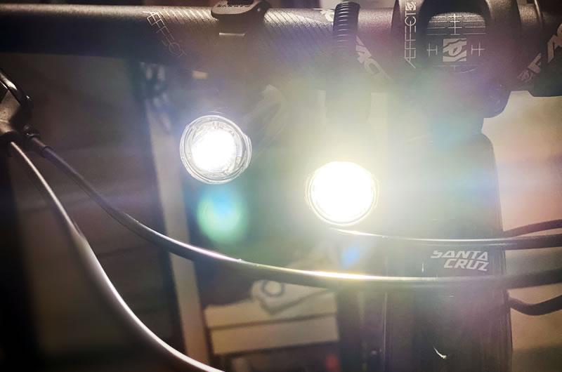 VOLT400XCとVOLT800の明るさ比較