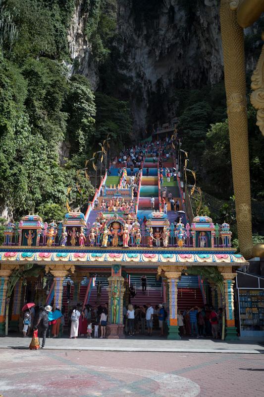 ヒンドゥー教の聖地・バトゥ洞窟を視察。観光ではない