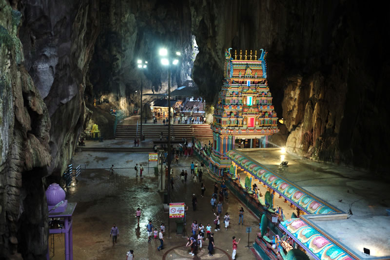 ヒンドゥー教の聖地・バトゥ洞窟