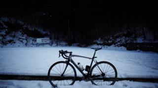 和田峠は雪模様
