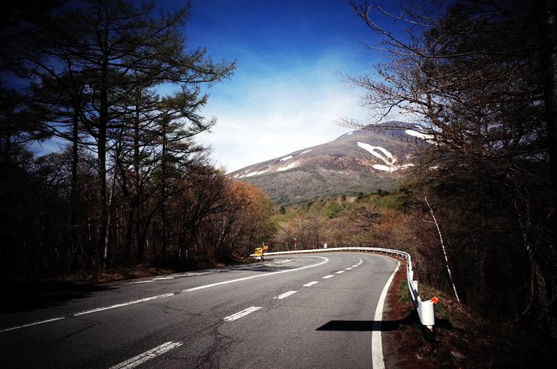 ターマックで浅間山を望む