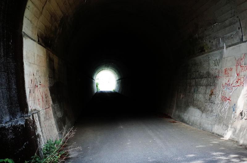 入山峠のウワサのトンネル
