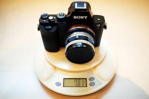 α7の重量(レンズ・電池・SDカード含む)