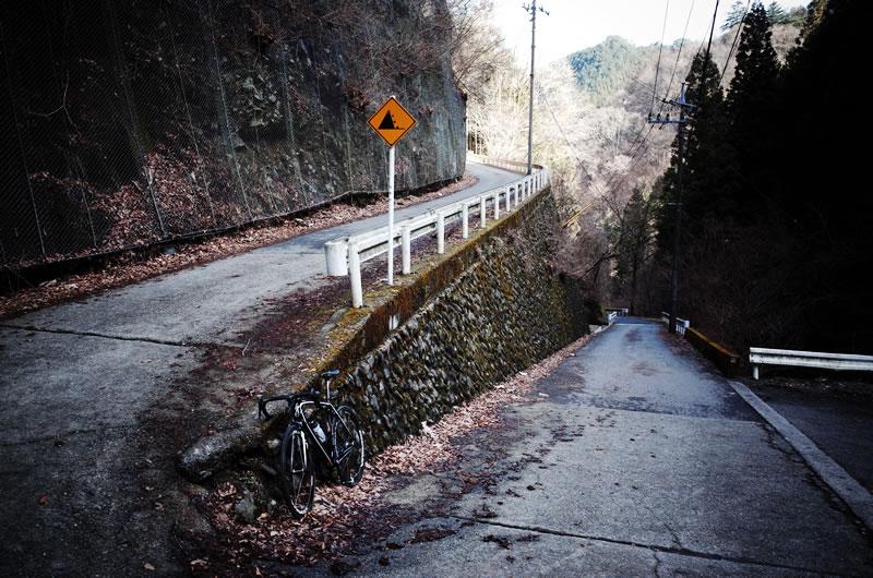 風張林道の入り口