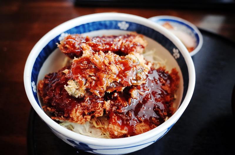 キッチンとちの木のソースカツ丼♪
