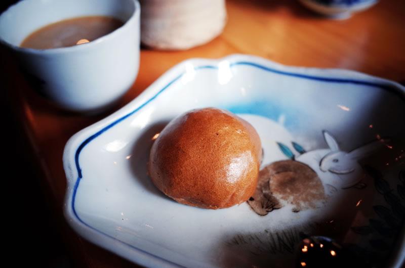 馬糞饅頭は普通に美味しい薄皮饅頭でした(*´ω`*)