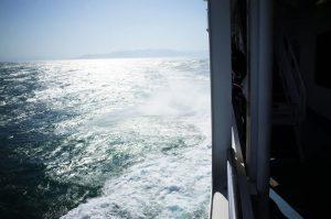 強風により海が大荒れw