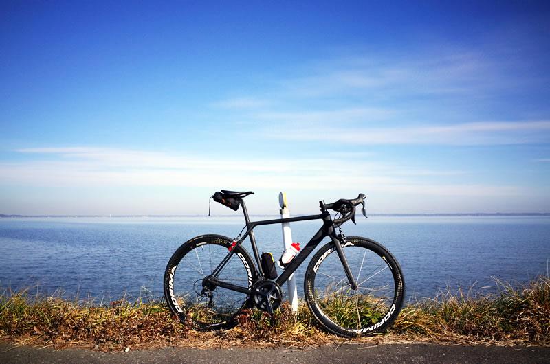 ロードバイクとフルサイズカメラの見果てぬ夢