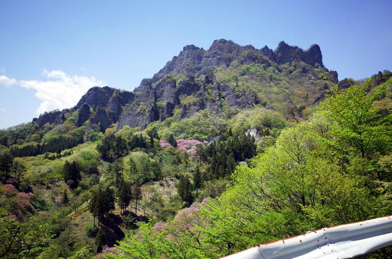 妙義山はいろいろな山の集合体