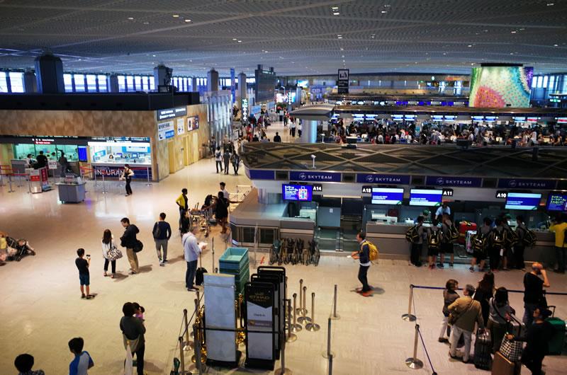 成田空港はなかなかの混雑