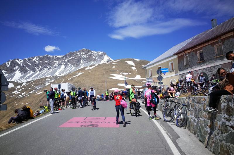 Umbrail峠とステルヴィオ峠の分岐点