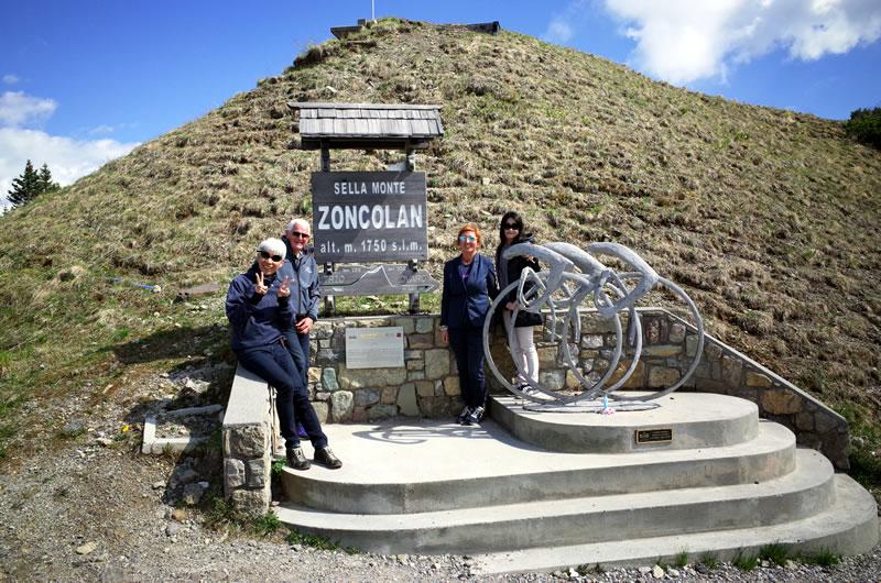 ゾンコランの山頂にて