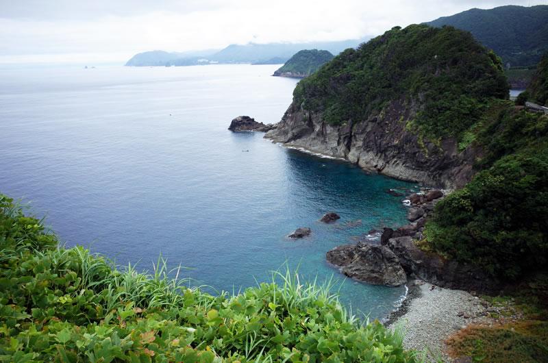 西伊豆の名もなき透明な海