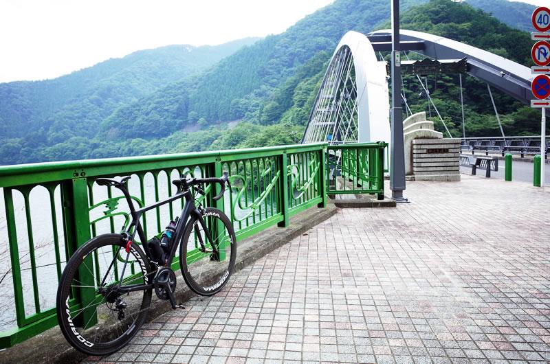 ロードバイクで道の駅こすげを目指す
