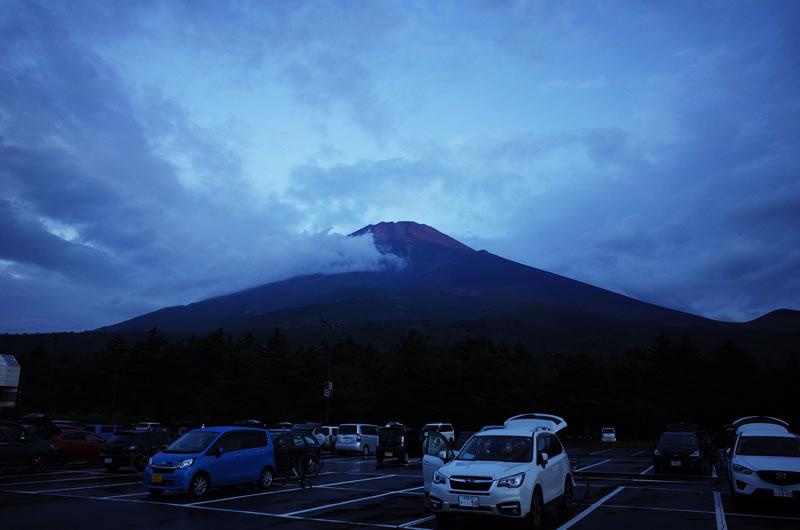 明け方の富士山はメッチャ寒い