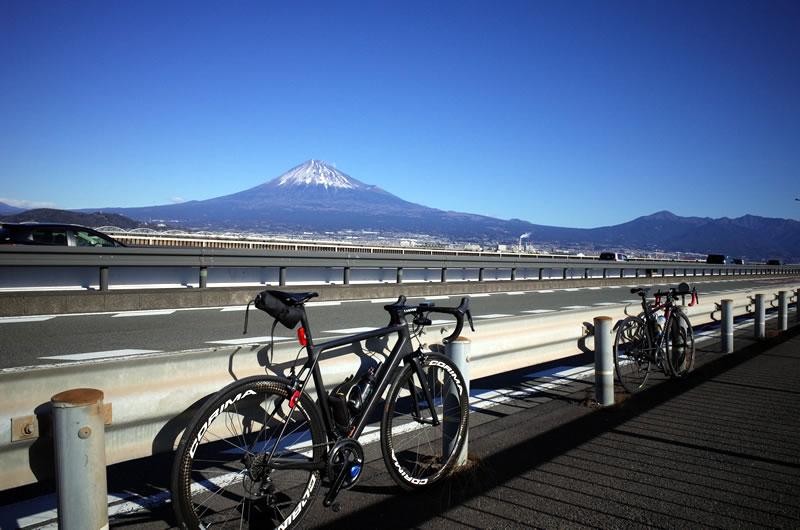 富士川で富士山とキャニオンのコラボ