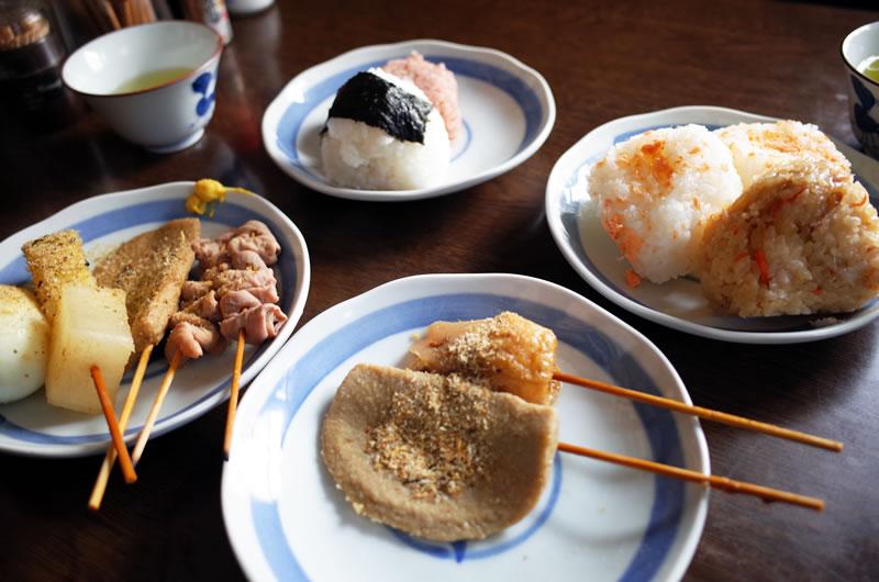 これだけ食べても2人で1000円以下(゚Д゚;)