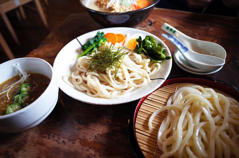 カレーつけ麺! 上品な盛り付けのとおり、味も非常に品が良い