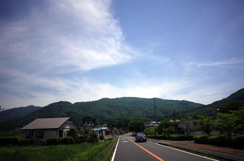 きのこ山に向かう道、この先あんなに急坂になろうとは。。。