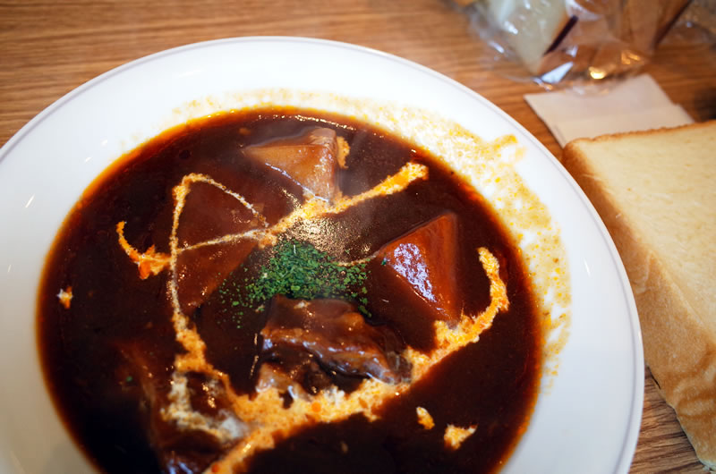 食ぱん道のビーフシチュー