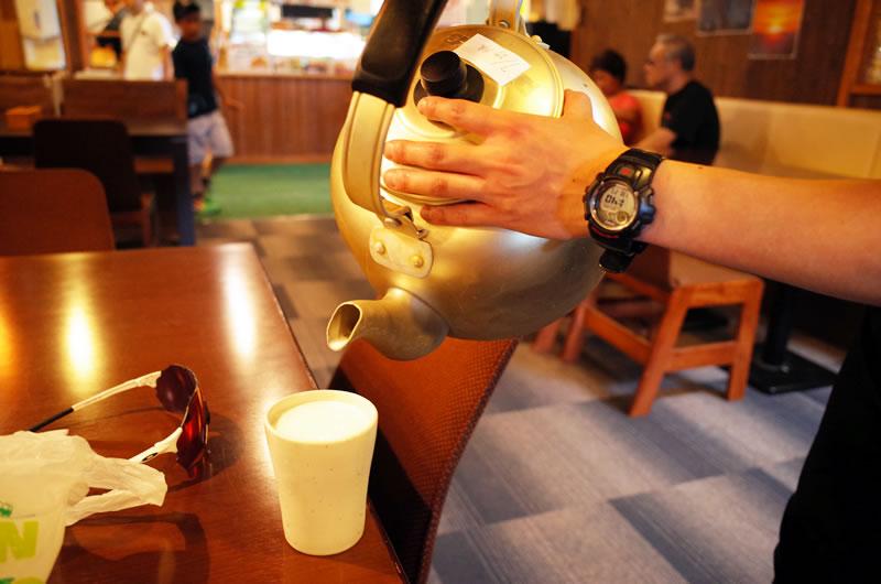 山本小屋でも牛乳をおかわり(´艸`*)