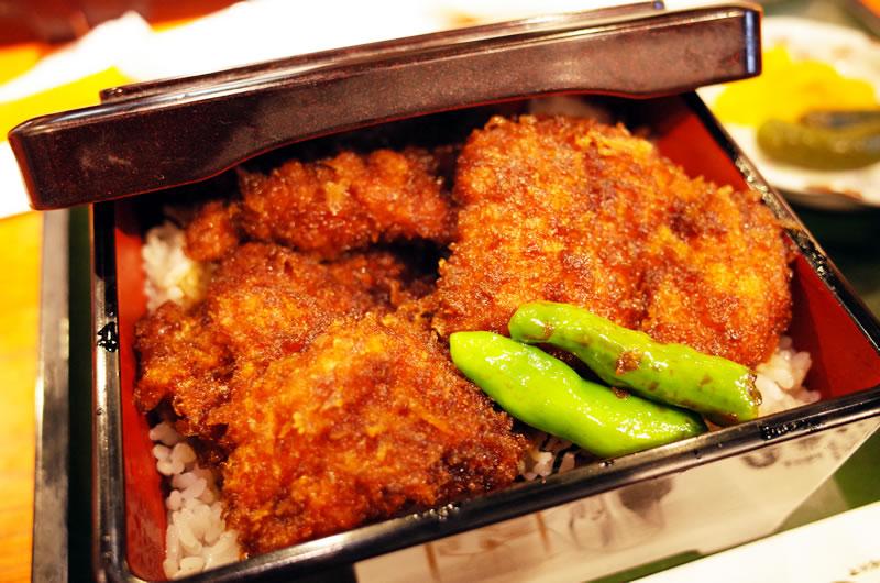 登利平のソースカツ丼が美味しすぎてヤバい(; ・`д・´)