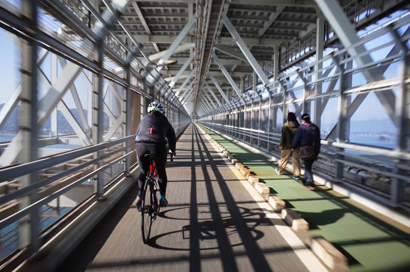 因島大橋は橋の中?を通ります