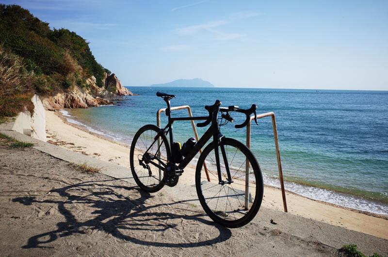 まるでプライベートビーチのような佐島の秘境海岸