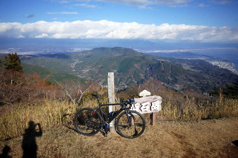 浜石岳の山頂からの眺めは絶景