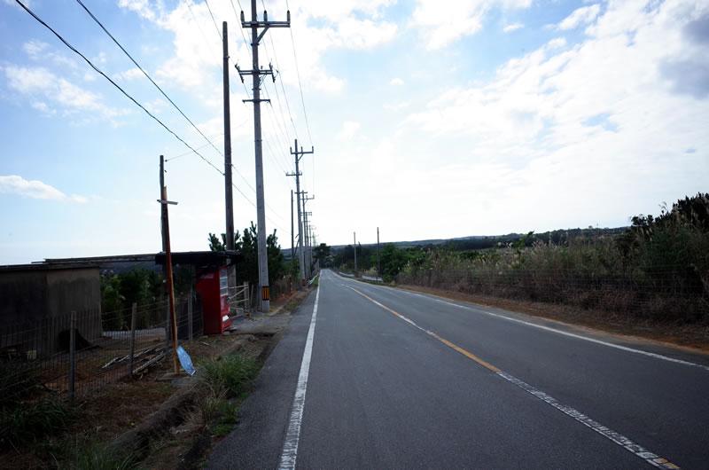 沖縄の東側はアップダウンばかり