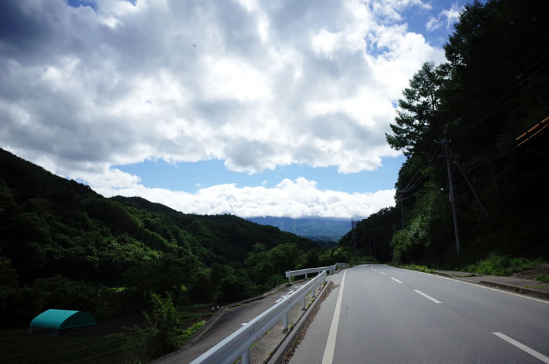 目の前の雲は八ヶ岳