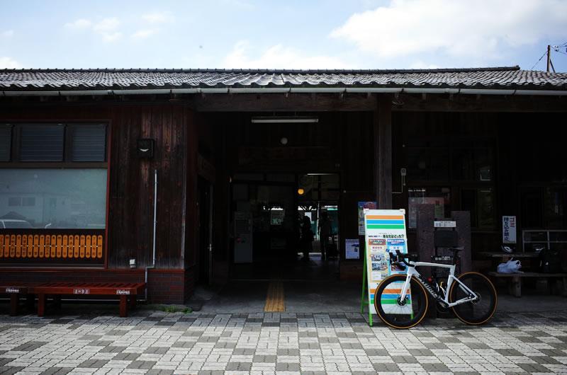 天竜二俣駅を出発します