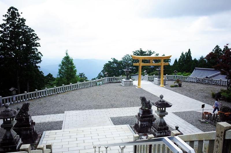 眺めが凄い秋葉神社