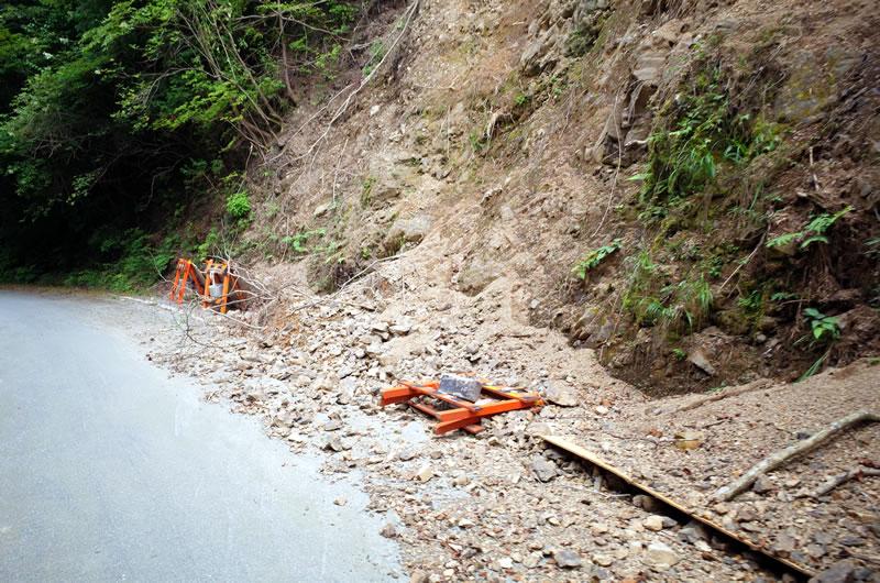 落石や崩落があったりと、荒ぶる天竜スーパー林道