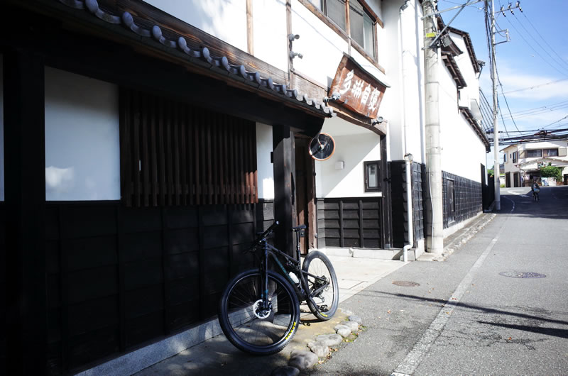 東京の酒蔵・石川酒造で酒の歴史に触れる