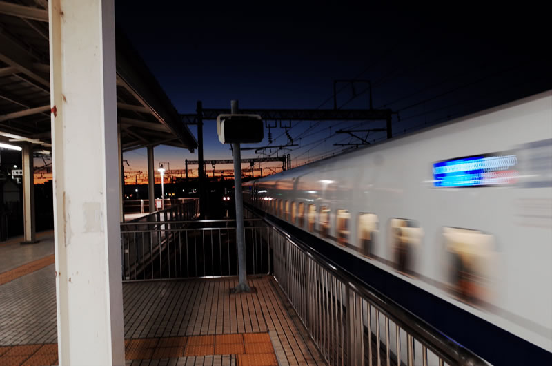 帰りは三島からガラガラの新幹線